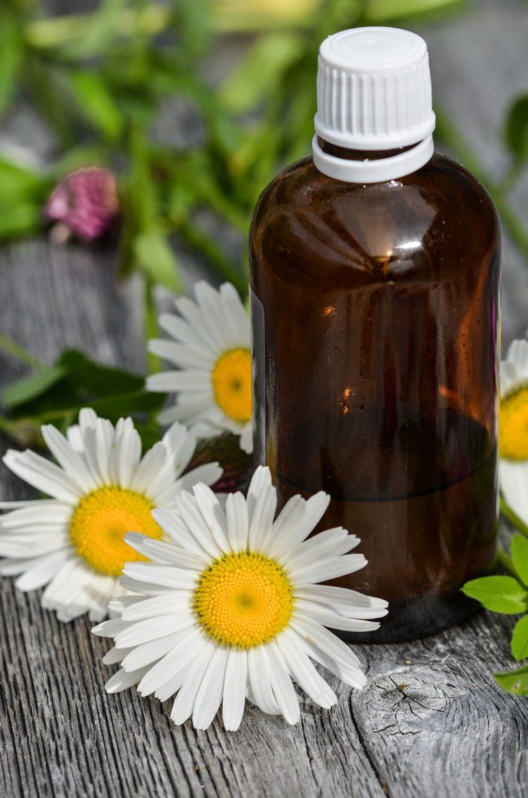 Votre naturopathe vous propose de découvrir les huiles essentielles d'Avril