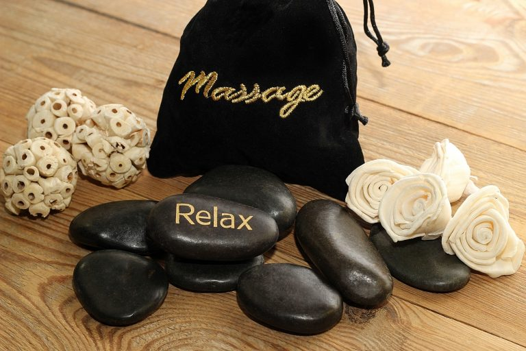 massage pierre zen relaxation naturopathie