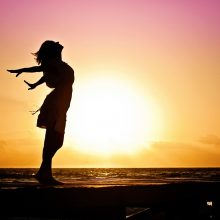 soleil respiration mer femme